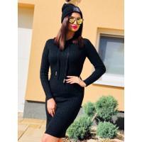 Čierne svetríkové šaty