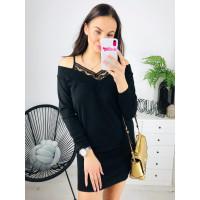 Čierne svetríkové šaty s čipkou