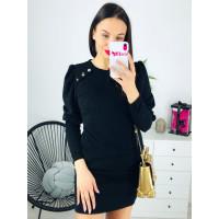 Čierne svetríkové šaty s ozdobnými gombíkmi