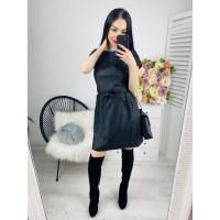 Dámske koženkové čierne šaty