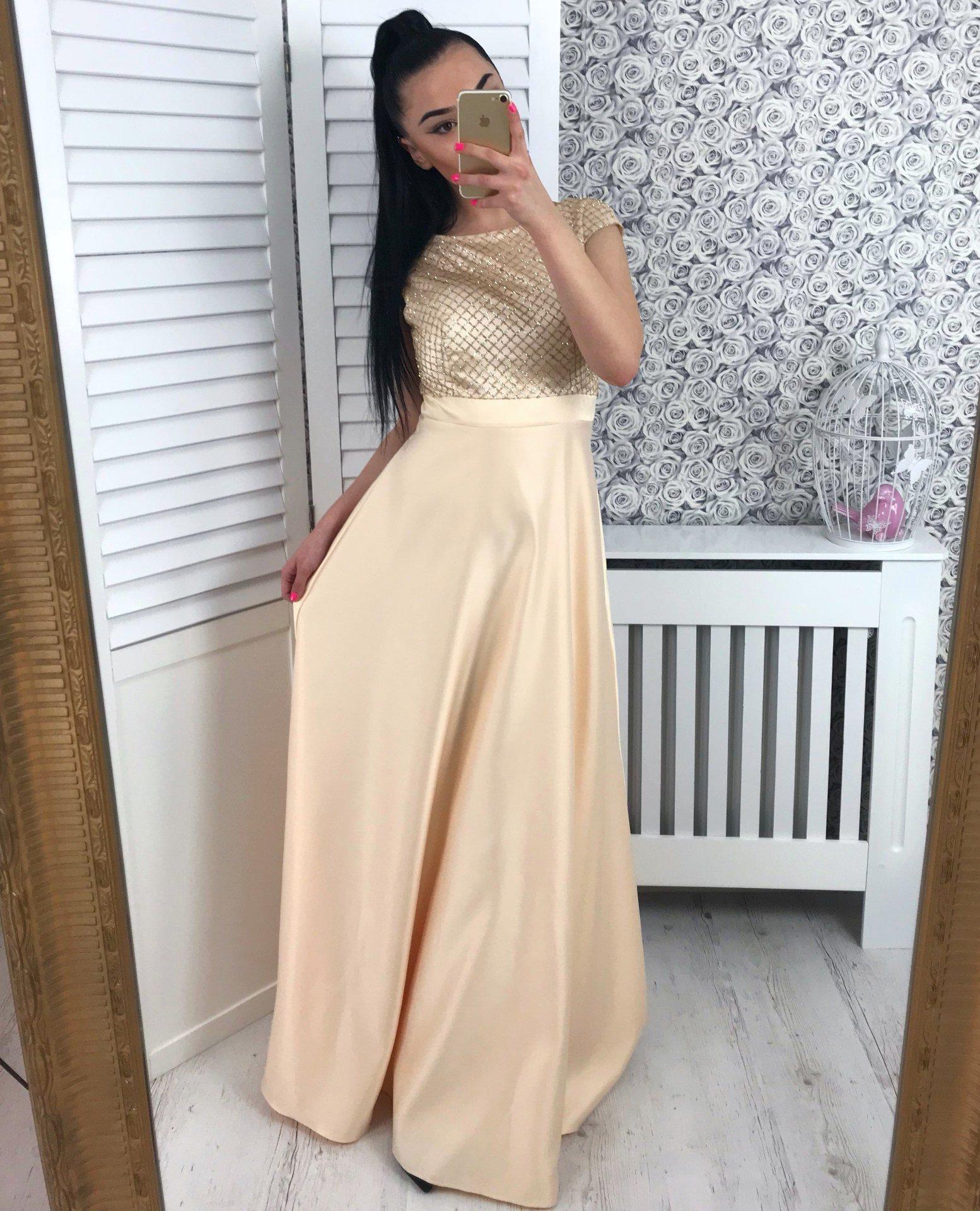 Dámske šaty Goldie  9325d6f9aed