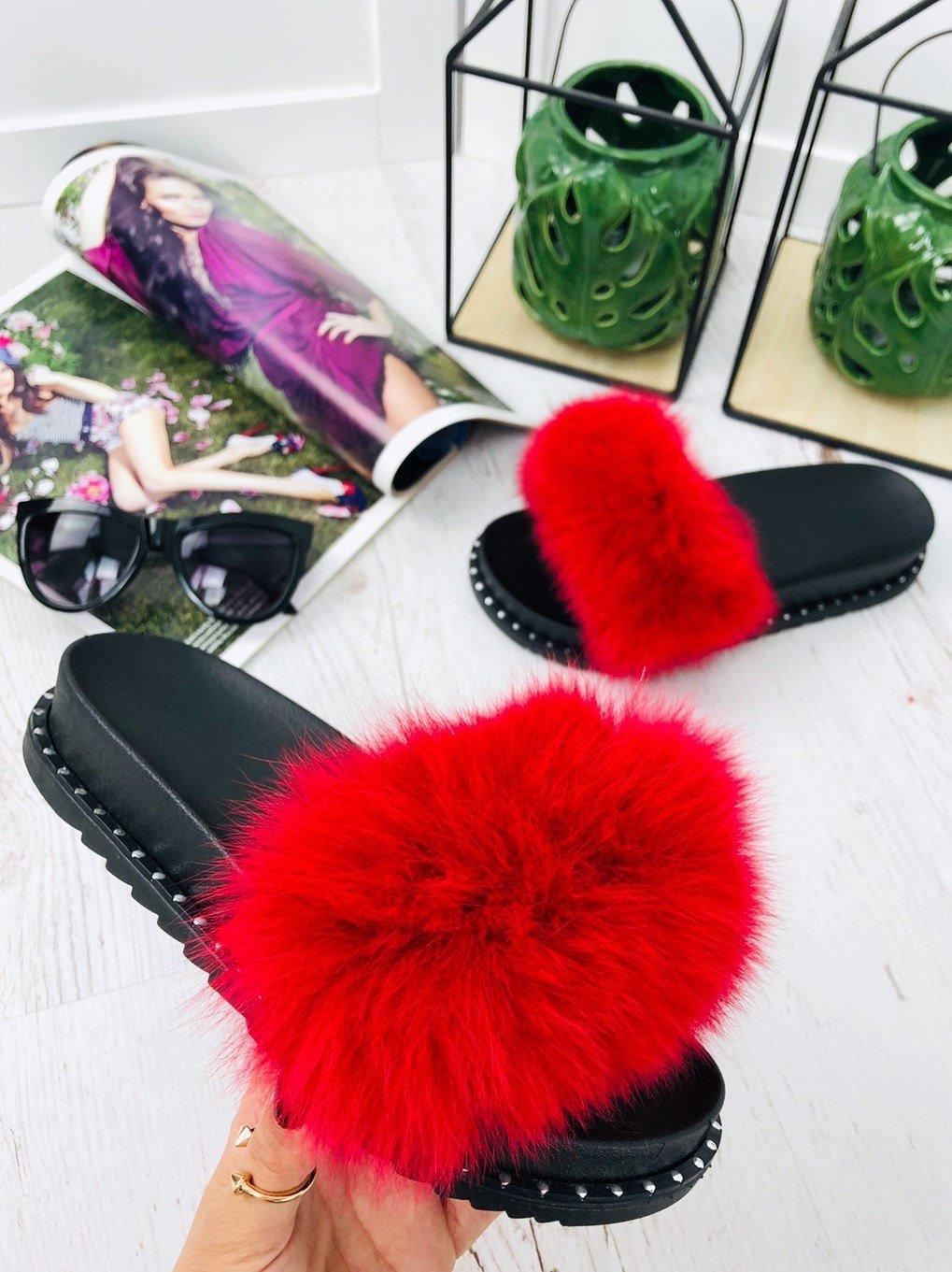 0612ada9b Červené šľapky s pravou kožušinou | WEBmoda.sk - štýlová móda lacno